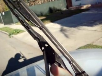 How to replace windshield wiper blades-2