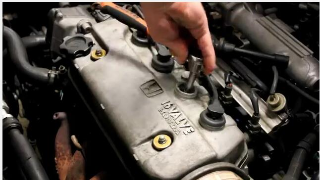 How to replace spark plug-2