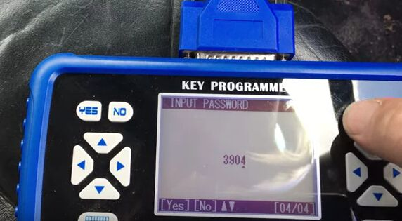 How to program key for VW Bora all key lost-8