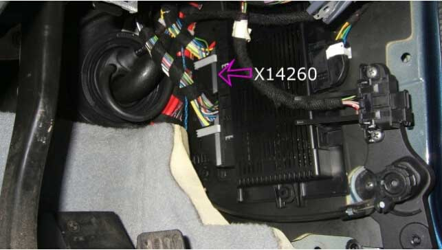 How to Remove BMW FRM Footwell Module-6
