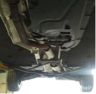 BMW X1 Diffs And Transfer Case Fluid Oil Change (2)