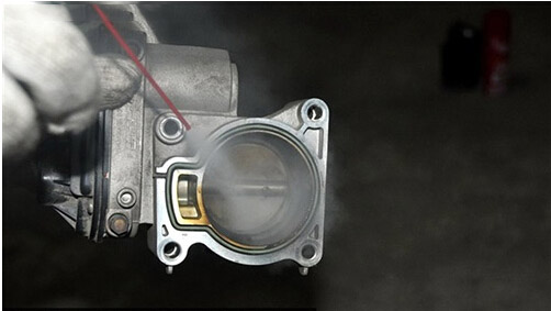 How To Clean Throttle Body By Yourself (4)