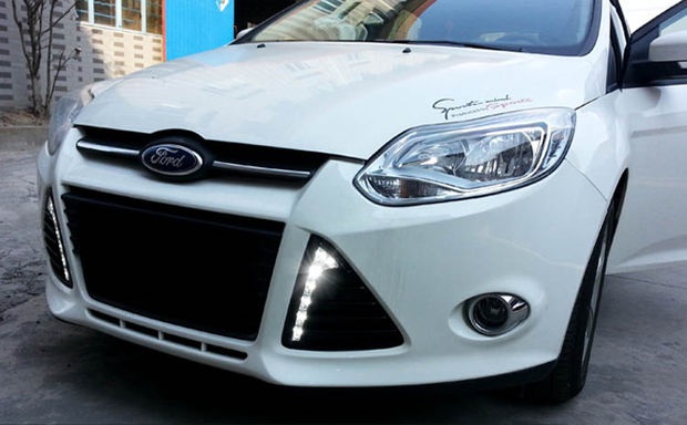 Installa Ford Focus LED Daytime Running Lights By Yourself (7)