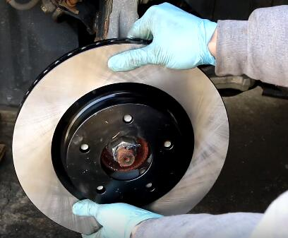 How to Change the Brake Pads And Rotors (14)