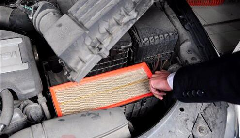 Passat Air Filter & Air Conditioner Replacement (2)