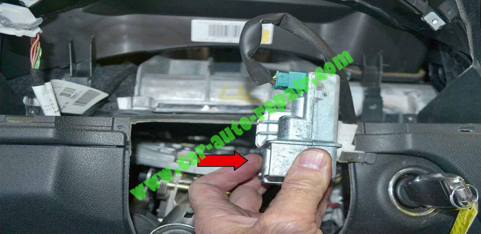 How to Remove & Replace Benz ESL ELV Electronic Steering Lock (10)