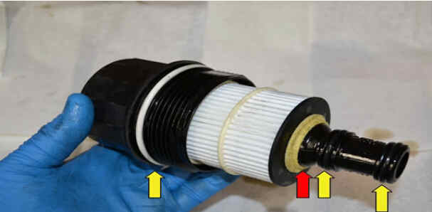How to Replace Benz W204 Engine Oil Filter (11)