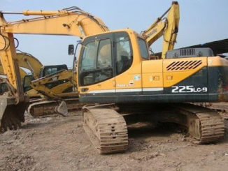 Hyundai-R225LC-9-Excavator-Action-Slowly-Trouble-Repair