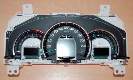 How-to-Disassemble-Instrument-Cluster-93C66-for-Toyota-Camry-9