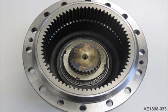 How-to-Change-the-Shaft-Seal-on-the-Drive-Wheel-Unit-for-Still-RX20-Truck-10