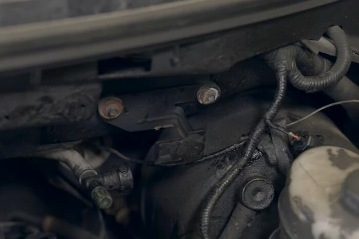 How-to-Replace-EVAP-Purge-Valve-for-Ford-F-150-2004-6