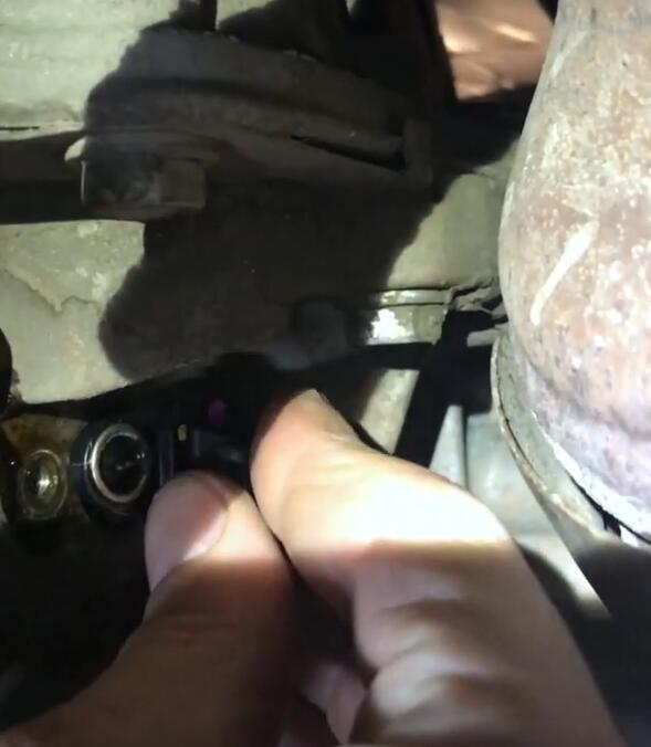 How-to-Fix-Trouble-Code-P0339-for-Jeep-JK-Unlimited-Rubicon-3.6L-2013-5