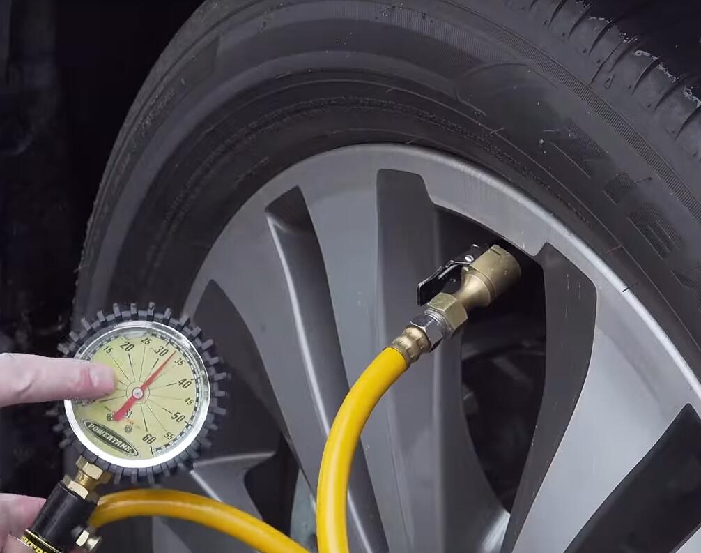 How-to-Quick-Reset-Tire-LightTPMSby-Yourself-for-Subaru-Ascent-7