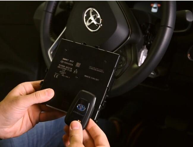 How-to-Reset-ID-Box-Replace-Smart-System-for-Toyota-Corolla-2020-Hybrid-4