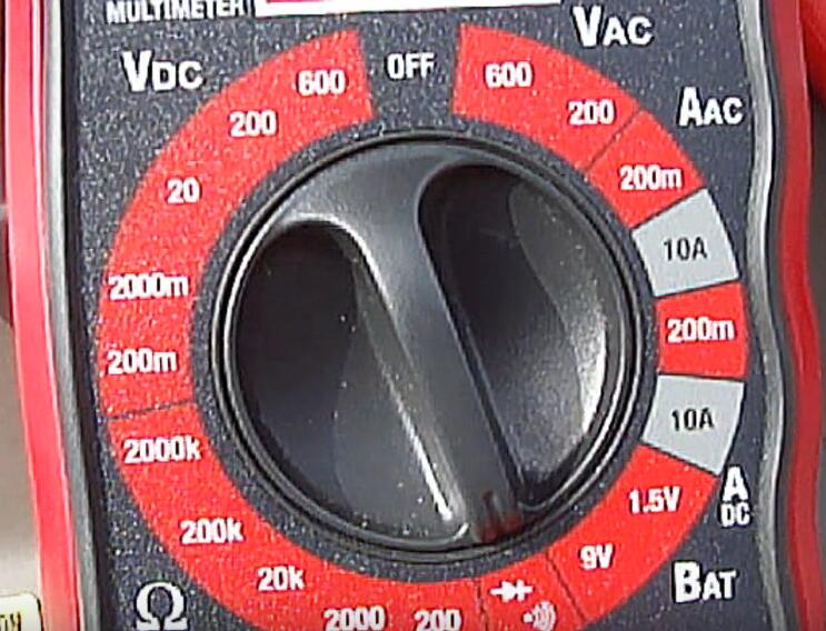 How-to-Locate-and-Perform-Testing-on-the-AC-Pressure-Switch-on-Toyota-9
