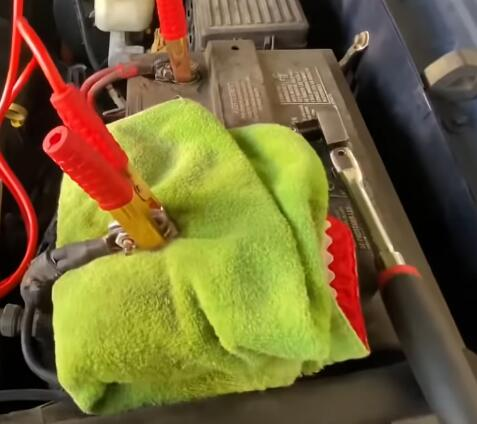 How-to-Reset-All-ECUs-and-Control-Modules-in-2005-FORD-Explorer-3