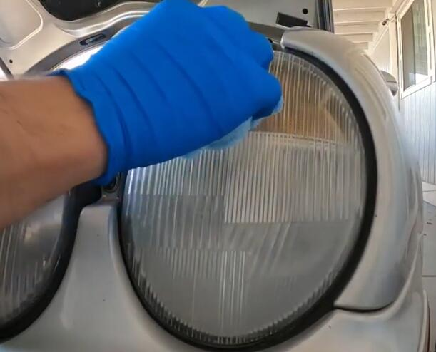 How-to-Restore-Headlights-Permanently-with-a-Simple-Process-on-Benz-5
