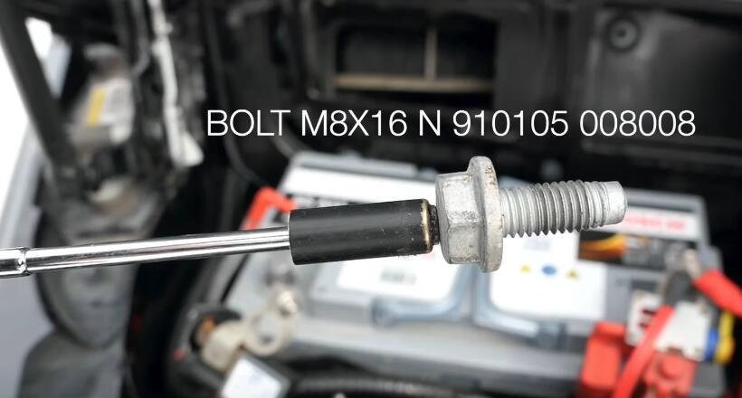How-to-RemoveInstall-Battery-for-Mercedes-Benz-8