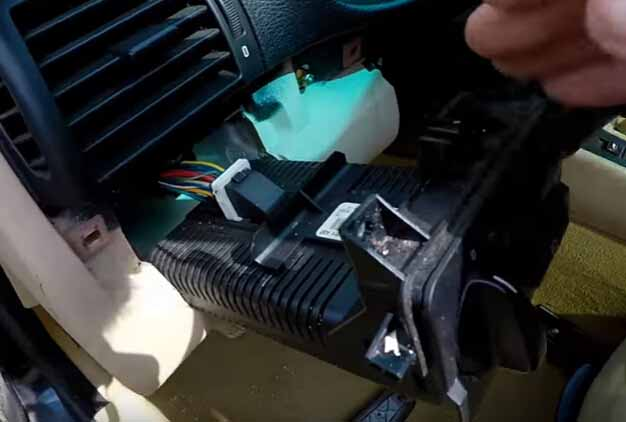 How to Remove and Install BMW Light Control Module-6
