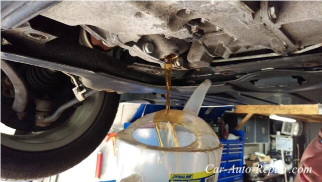 BMW X1 Diffs And Transfer Case Fluid Oil Change (8)