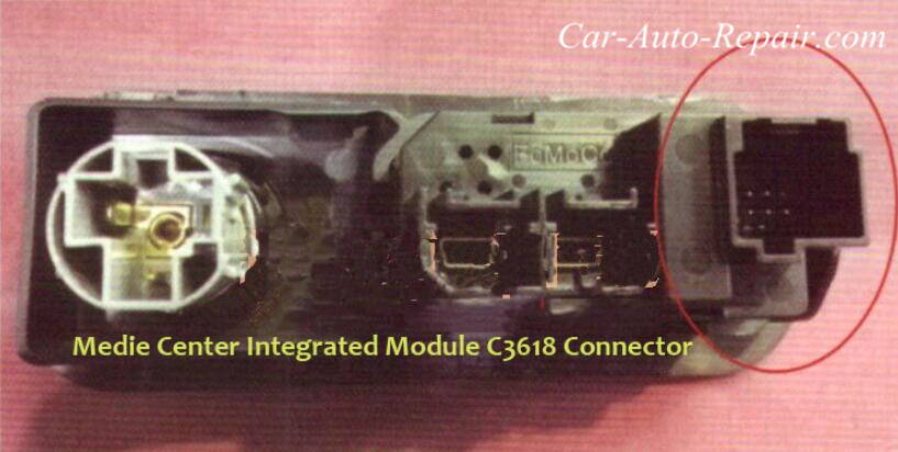 Ford Mustang USB Interface Can Not Charge for Phone-4