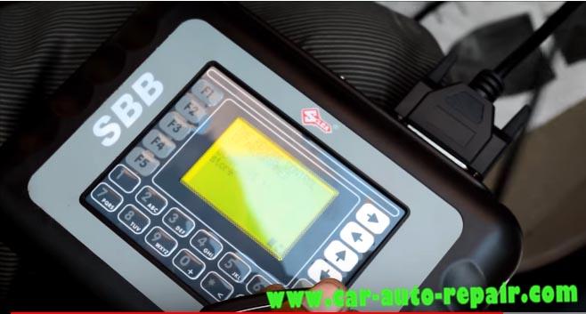 Hyundai I-20 Remote Matching by SBB Key Programmer-5