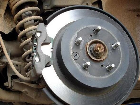 How to Tell If You Need to Change Your Car Brake Pads (5)