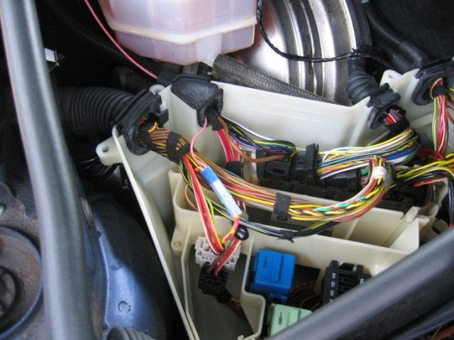 BMW X3 Angel Eyes Installation & Retrofit (1)