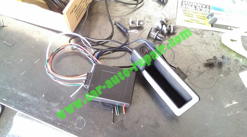 BMW RetrofitInstall & Coding BMW OEM Backup Camera (1)