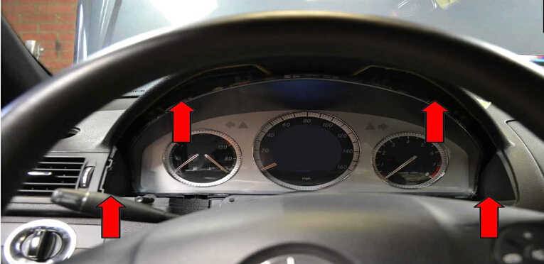 How to Remove Instrument Cluster for Mercedes Benz W204 (6)