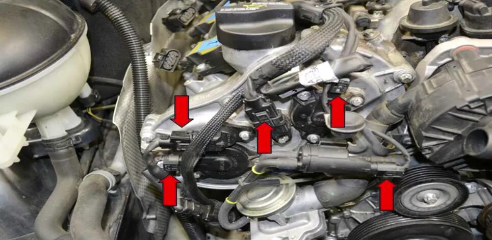 How to Remove Mercedes Benz Intake Manifold (10)