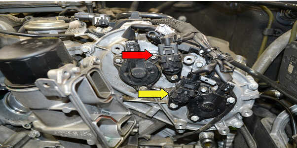 How to Replace Camshaft Position Sensor for Mercedes Benz (3)