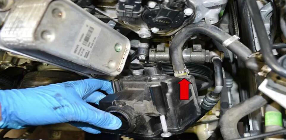 How to Replace Power Steering Pump for Benz W204 (7)