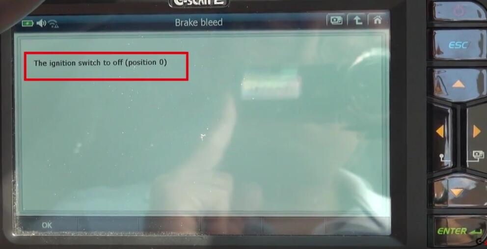 How to Bleed Brake System for Jaguar XF 3L by G-Scan 2 (20)