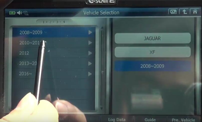 How to Bleed Brake System for Jaguar XF 3L by G-Scan 2 (4)