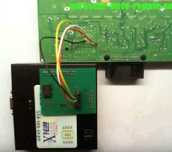 How to Use XPROG Programmer Reset BMW FRM3 (4)