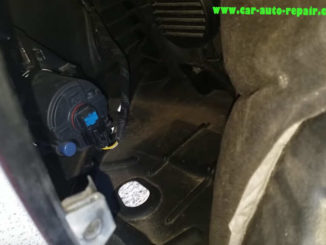 InstallReplace New Fog LED Light for Toyota Camry by Yourself (6)