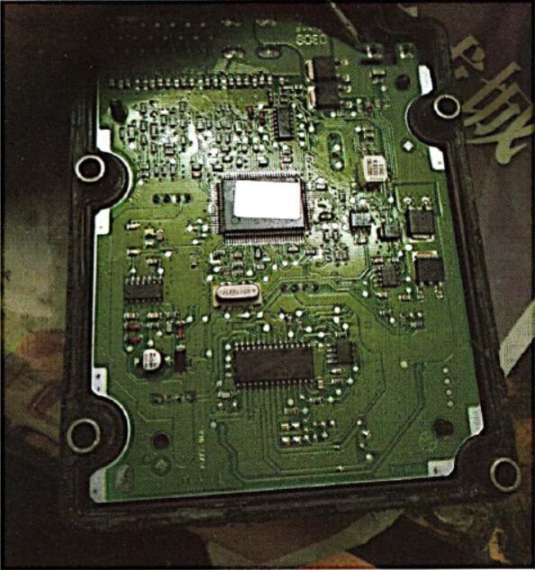 VW-01276-Fault-CodeABS-Hydraulic-Pump-V64-Repair