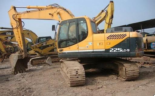 Hyundai-R225LC-9-Excavator-Action-Slowly-Trouble-Repair