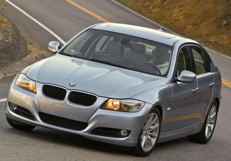 How-to-Repair-BMW-E90-Heated-Steering-Wheel-Malfunction