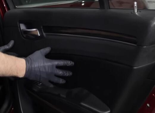5-Commons-Problems-on-2011-20-Chrysler-300-Sedan-2nd-Generation-1