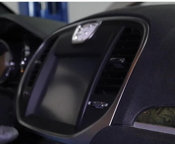 5-Commons-Problems-on-2011-20-Chrysler-300-Sedan-2nd-Generation-3