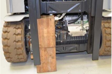How-to-Remove-Install-Outer-Cylinders-for-Still-Forklift-Truck-RX20-7