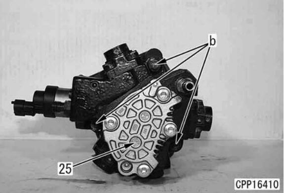 Komatsu-PC130-8-Excavator-Fuel-Supply-Pump-Removal-Installation-Guide-10