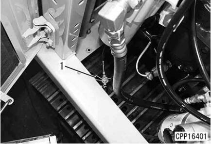 Komatsu-Excavator-PC130-8-Cylinder-Head-Removal-Installation-Guide-1