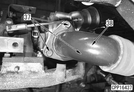 Komatsu-Excavator-PC130-8-Cylinder-Head-Removal-Installation-Guide-14