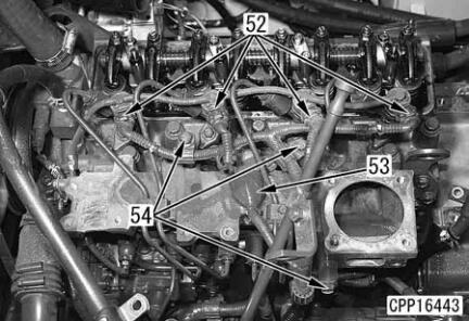 Komatsu-Excavator-PC130-8-Cylinder-Head-Removal-Installation-Guide-20