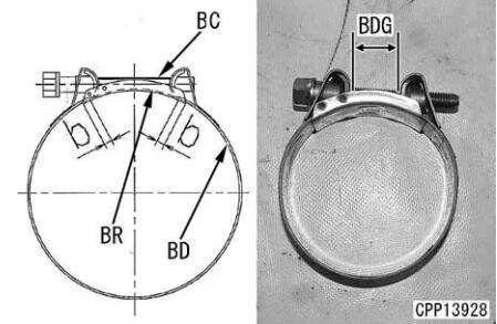 Komatsu-Excavator-PC130-8-Cylinder-Head-Removal-Installation-Guide-30