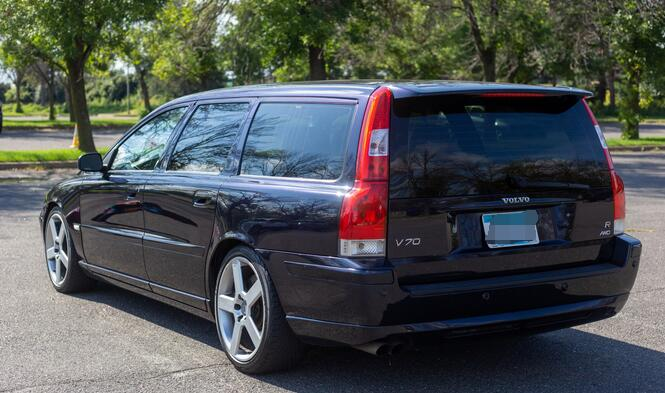 How-to-Install-Tailgate-ModuleV-3.0-to-Volvo-V70-1