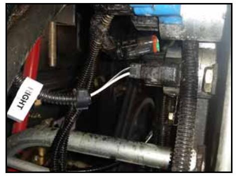 How-to-Install-Valve-Harness-for-CLAAS-Lexion-700-Series-Combine-8